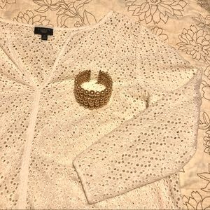 GUC Talbots Medium Petite White Eyelet Lace Top